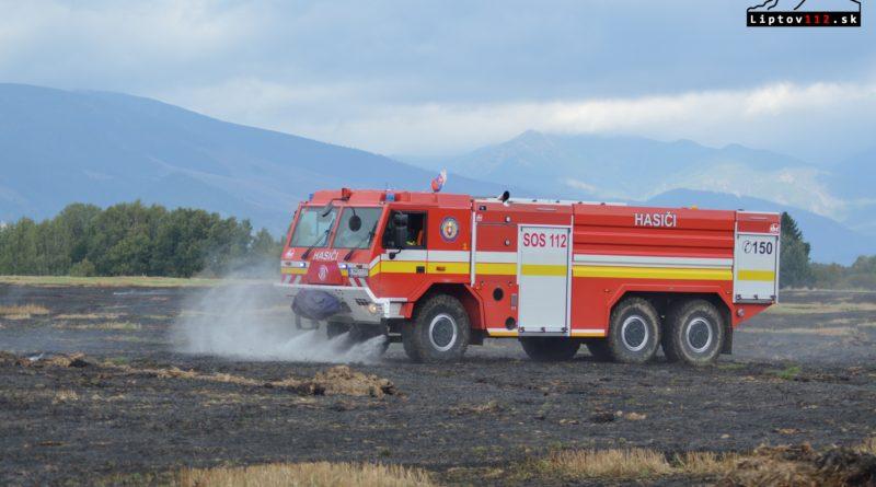 Plánované vypaľovanie slamy sa zmenilo na požiar