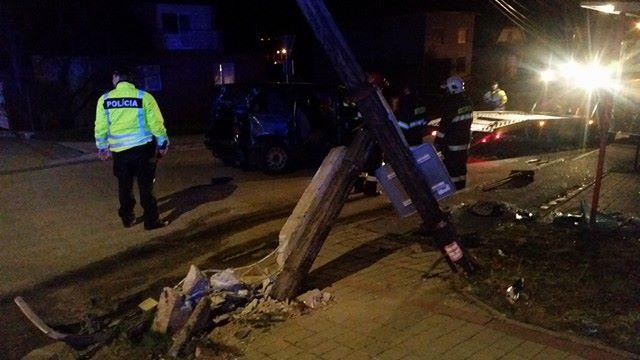 Hrozivo vyzerajúca dopravná nehoda v Ružomberku