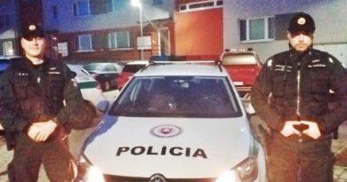 Policajti Mužovi zachránili  život